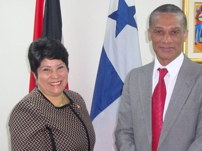 Minister Moses meets with Amb. Panama