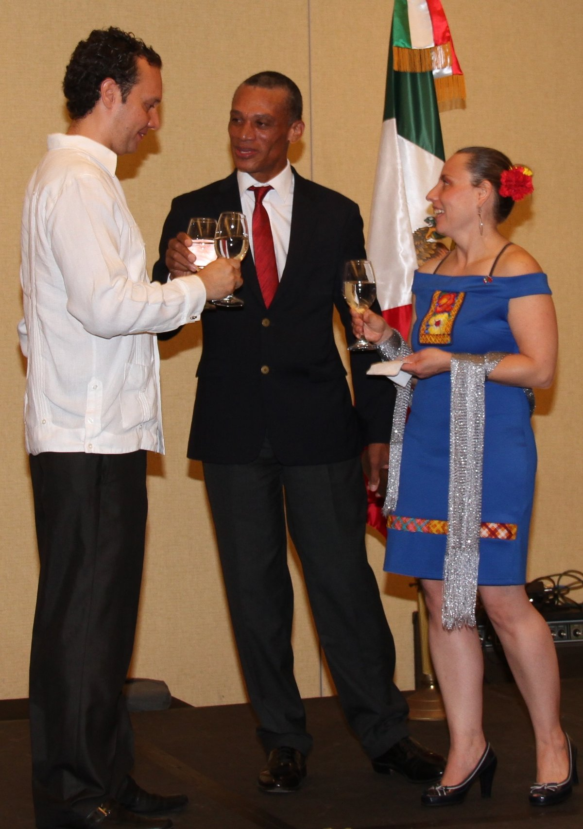 Honourable Dennis Moses toast with His Excellency Dr. Jesús Alberto López Gonzáles