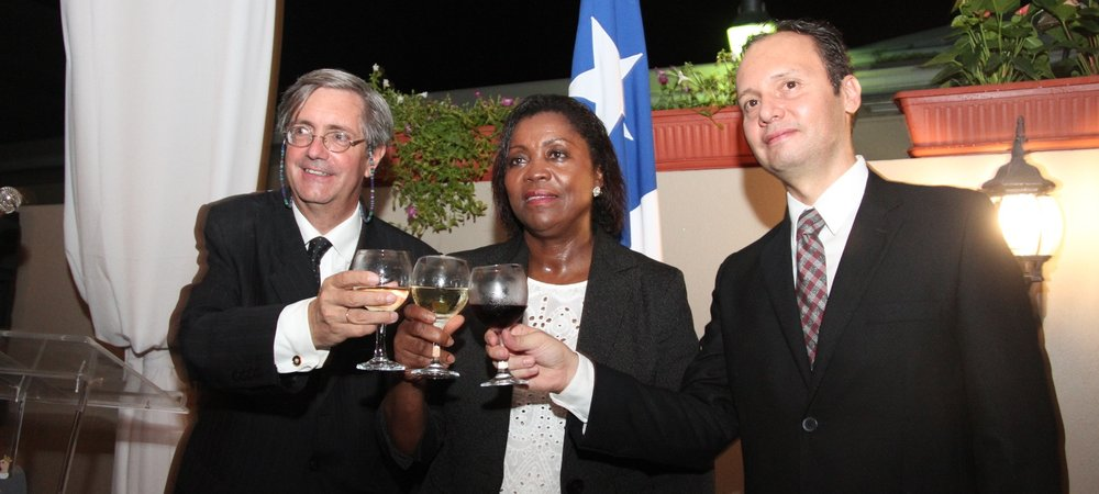 Jennifer Daniel, Permanent Secretary H.E. Fernando Schmidt, Ambassador of Chile and H.E. Jesús López-González, Ambassador of Mexico toast at the reception to the celebrate the 207th Anniversary of the Indepedence